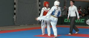 Bericht Header TKD - Taekwondo Youngsters beim Wettkampf Debuet erfolgreich